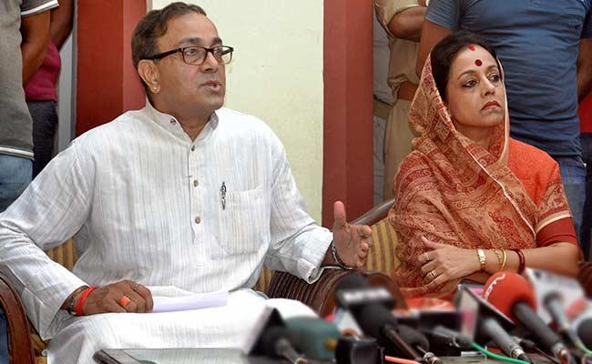 امیٹھی سیٹ پر راجا سنجے سنگھ کی دونوں بیویاں گریما سنگھ - امیتا سنگھ آمنے سامنے