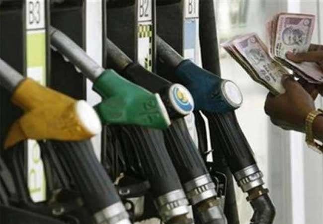 पेट्रोल, डीजल और फैक्ट्री उत्पादों ने बढ़ाई थोक महंगाई