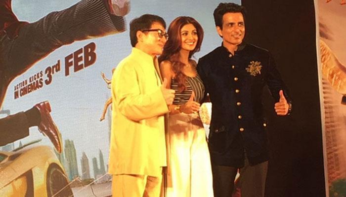 शिल्पा शेट्टी ने छुए जैकी चैन के पैर, खोला एक बड़ा राज