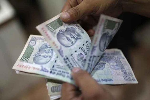 انکم ٹیکس چھاپےمیں کرناٹک کے وزیر و خاتون کانگریس سربراہ کے پاس ملے 162 کروڑ