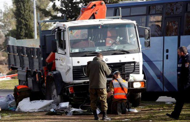 येरुशलम में ड्राइवर ने इस्राइली सैनिकों पर चढ़ाया ट्रक, चार कीमौत