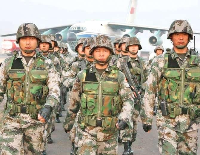 इंडिपेंडेंस डे पर चीन ने की घुसपैठ की कोशिश, पथराव में कुछ जवान घायल