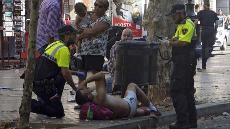 युरोप में कार से रौंदने का सिलसिला जाारी , इस बार स्पेन में, 13 मरे