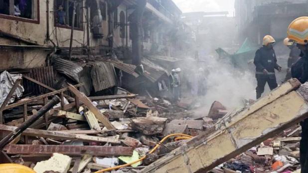 मुंबई में 3 मंजिला इमारत ढही, 10 की मौत, 12 घायल, 35 मलबे में फंसे