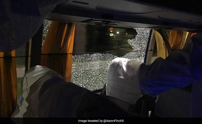 गुवाहाटी में भारत की हार के बाद ऑस्ट्रेलियाई टीम की बस पर हमला