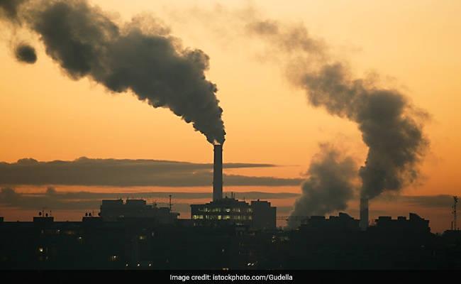 संयुक्त राष्ट्र ने कहा कि वातावरण में कार्बन डाई ऑक्साइड का स्तर रिकॉर्ड ऊंचाई पर