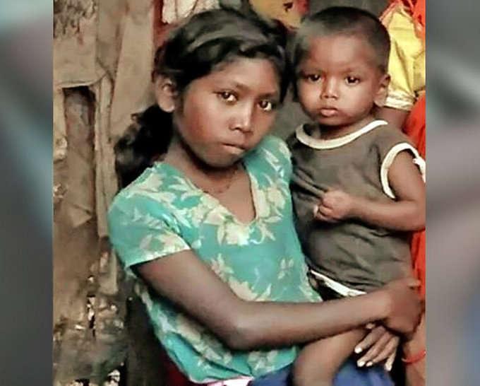 झारखंड में बच्ची की मौत पर केंद्र ने मांगी रिपोर्ट, मां ने कहा था- भूख से गई जान