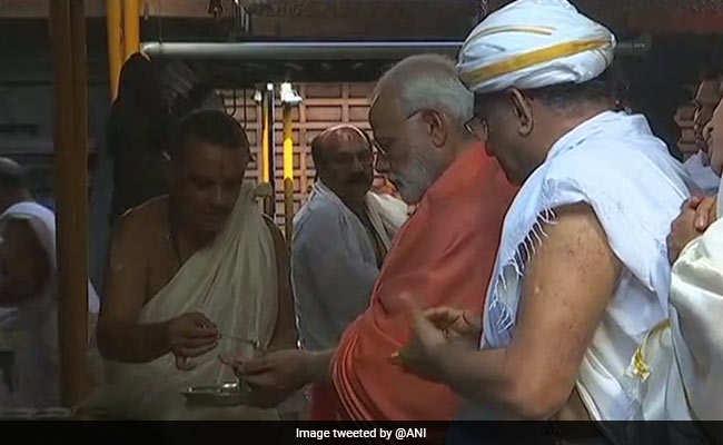 पीएम मोदी ने कहा, वह कौन सा पंजा है जो रुपये को 15 पैसे कर देता है