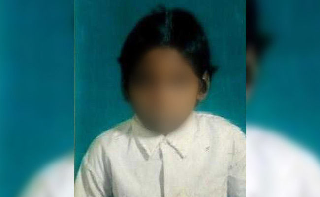 आधार बिना राशन कार्ड रद्द, अनाज न मिलने से भूखी मर गयी 11 साल की बच्ची