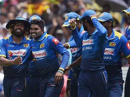 श्रीलंका क्रिकेट बोर्ड टीम लाहौर भेजने को तैयार, खिलाड़ियों की आपत्ति दरकिनार