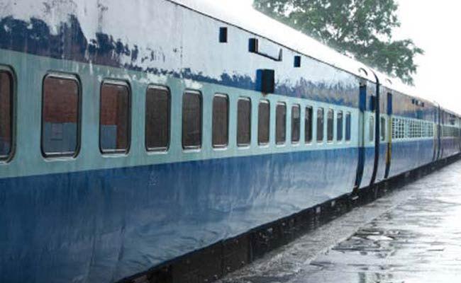 कुंभ 2019 के लिए 1000 से अधिक विशेष ट्रेनें चलाएगी भारतीय रेल