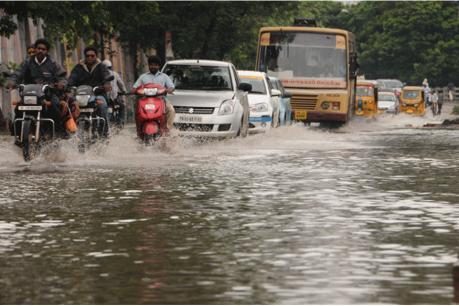 चेन्नई में बारिश से अब तक 12 की मौत, 8 दिन से लोग बेहाल