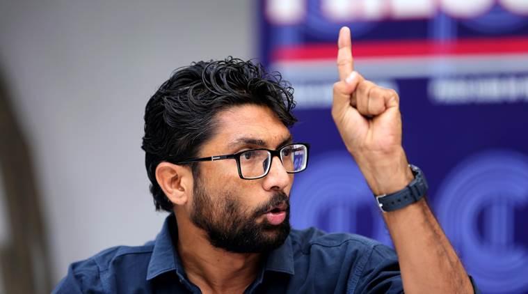 दलित नेता जिग्नेश मेवानी को मिली जान से मारने की धमकी