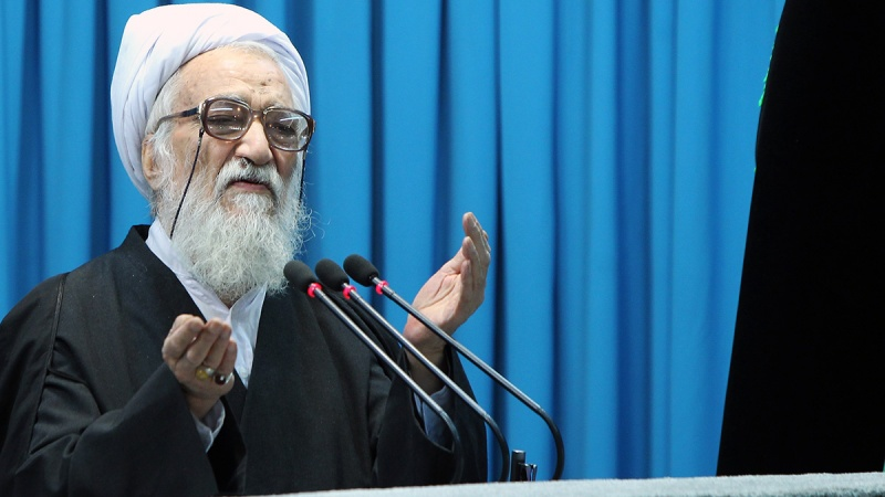 षडयंत्रों के बावजूद ईरान विकास कर रहा है। अमरीका, इस्राईल - सऊदी परेशानः आयतुल्लाह किरमानी