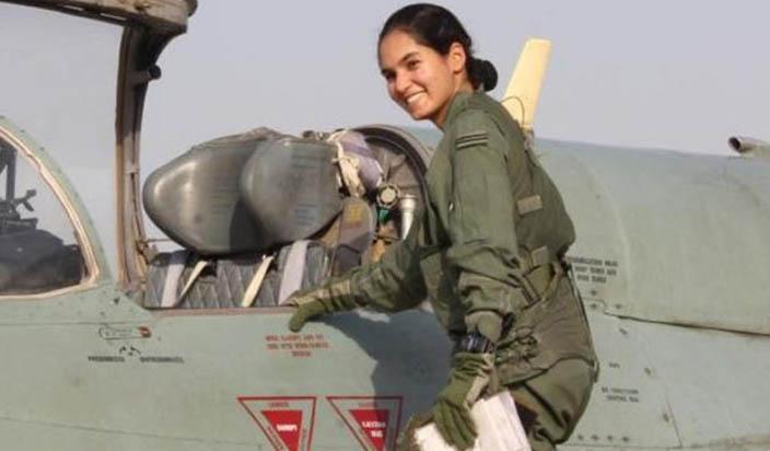 लड़ाकू जेट उड़ाने वाली पहली भारतीय महिला बनीं अवनी चतुर्वेदी