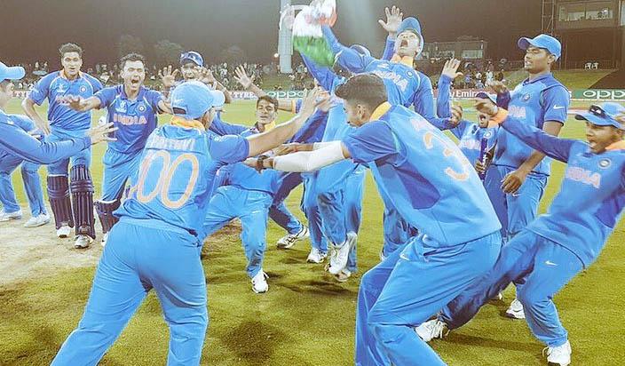 क्रिकेट के इन दिग्गजों ने दी युवा चैंपियनों को बधाई