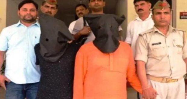भगवा कुर्ता भी नहीं बचा पाया योगी के इस मुस्लिम नेता को