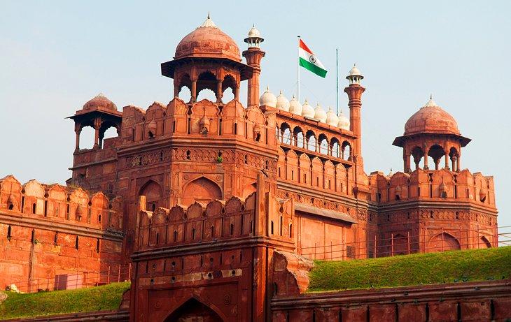 दिल्ली का बढ़ा पारा