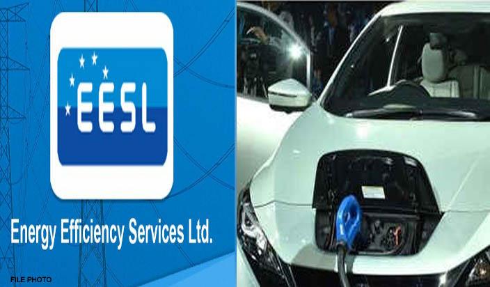 ईईएसएल ने उत्तराखंड को सौंपी पहली इलैक्टिक कार की चाबी