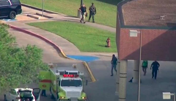 टेक्सास के एक स्कूल में भारी गोलीबारी, 10 की मौत, एक संदिग्ध को किया गिरफ्तार
