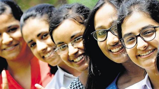 CBSE के ऑल इंडिया टॉपर्स हैं आर्ट्स से