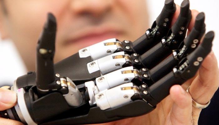 سائنسدانوں نے مصنوعی ہاتھ ایجاد کر لیا