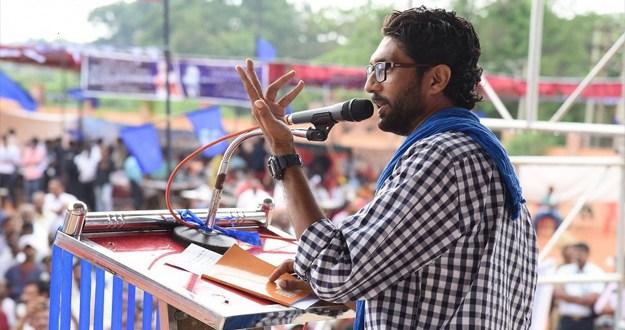 लाखों दलितों को खिलाएंगे 'आंबेडकर की कसम, बीजेपी को नहीं देंगे वोट:जिग्नेश