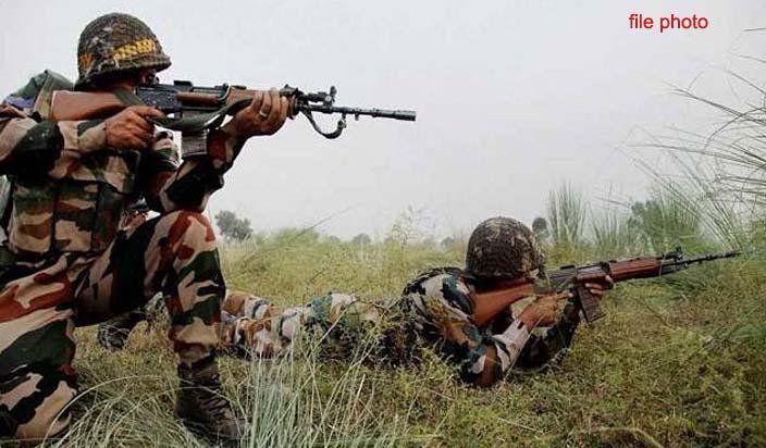 नहीं सुधरेगा पाकिस्तान, रमजान के पाक महिने में फिर की कश्मीर की 20 चौकियों पर फायरिंग