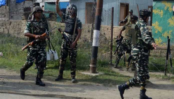 CRPF शहीदों की मदद के लिए आगे आया रिलायंस फाउंडेशन