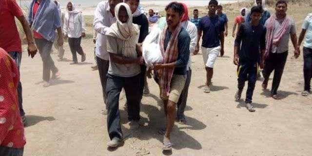 वाराणसी: गंगा में नहाते समय 2 किशोरों की डूबने से मौत