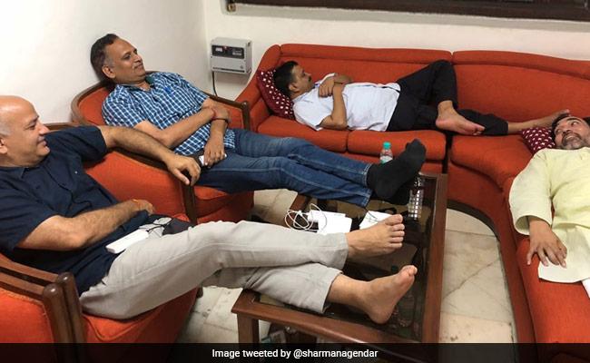 दिल्ली HC ने अरविंद केजरीवाल के धरने पर उठाए सवाल