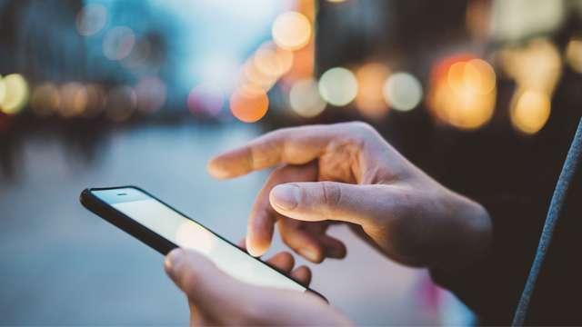Jio Vs Airtel Vs Vodafone: 399 से 509 रुपये के बीच ये हैं 6 सबसे लोकप्रिय प्लान्स