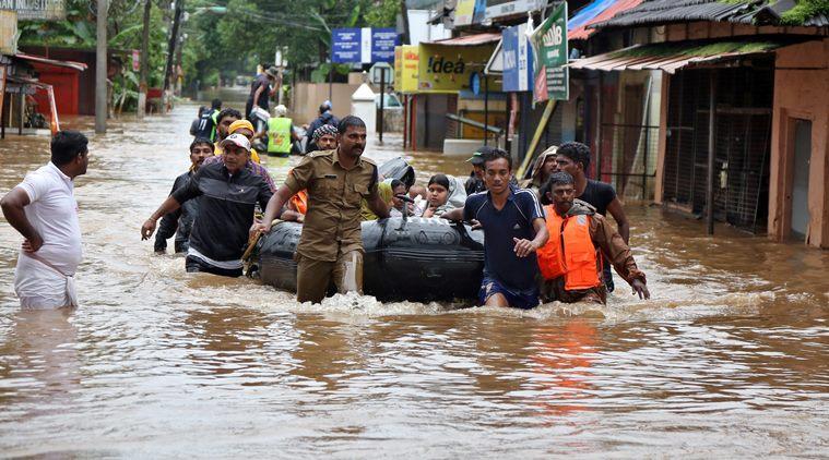 केरल में थोड़ी राहत, पर बारिश का खतरा बरकरार