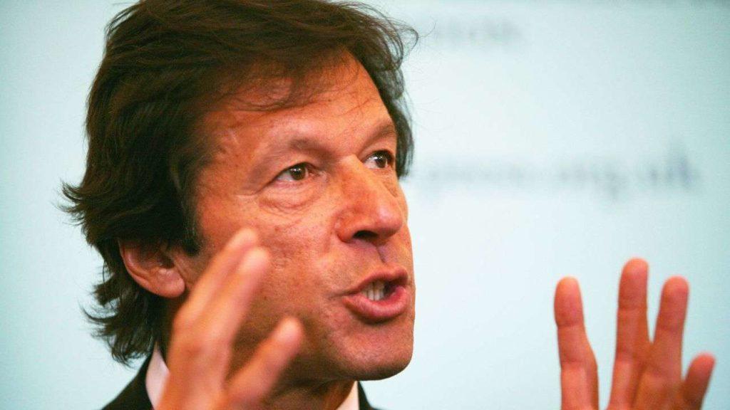पुलवामा हमले के बाद बोले पाकिस्तान के प्रधानमंत्री इमरान खान, आतंक पर बात करने को हम हैं तैयार