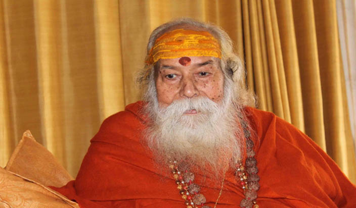 आरक्षण को पूरी तरह से समाप्त कर दिया जाना चाहिए: स्वामी स्वरूपानंद सरस्वती