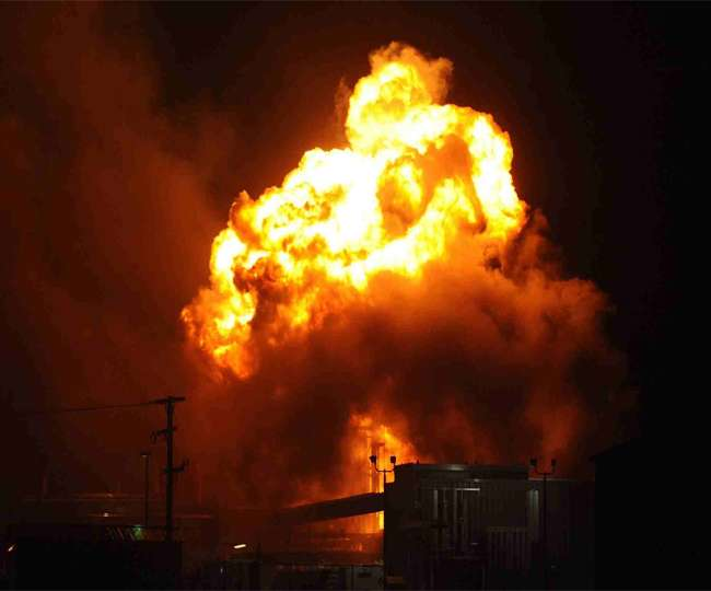 आधी रात में धमाकों से दहल उठा सीरिया- इजरायली लड़ाकू विमानों ने की बमबारी, दमिश्क के मिलिट्री एयरपोर्ट को बनाया निशाना